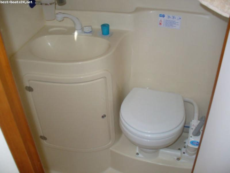 RODMAN POLYSHIPS RODMAN 870 HT Click on the pictures to enlarge! Watch boat ...